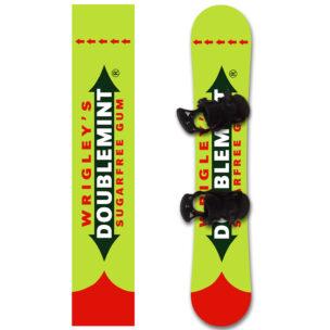 Наклейка на сноуборд с уникальным принтом