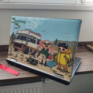 Наклейка на ноутбук на заказ