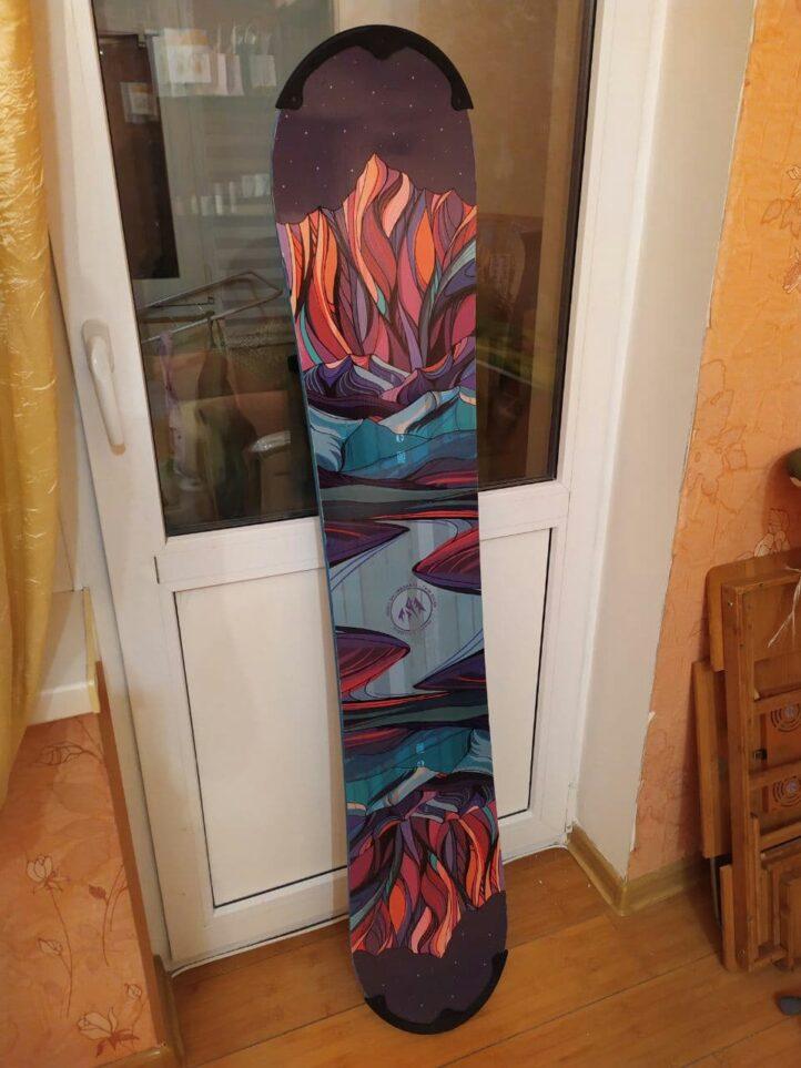 Наклейка на сноуборд на заказ